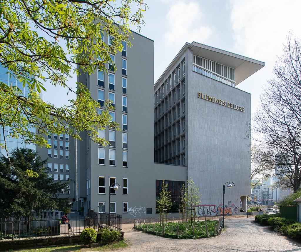 hotelprojekte in frankfurt seite 55 deutsches architektur forum. Black Bedroom Furniture Sets. Home Design Ideas